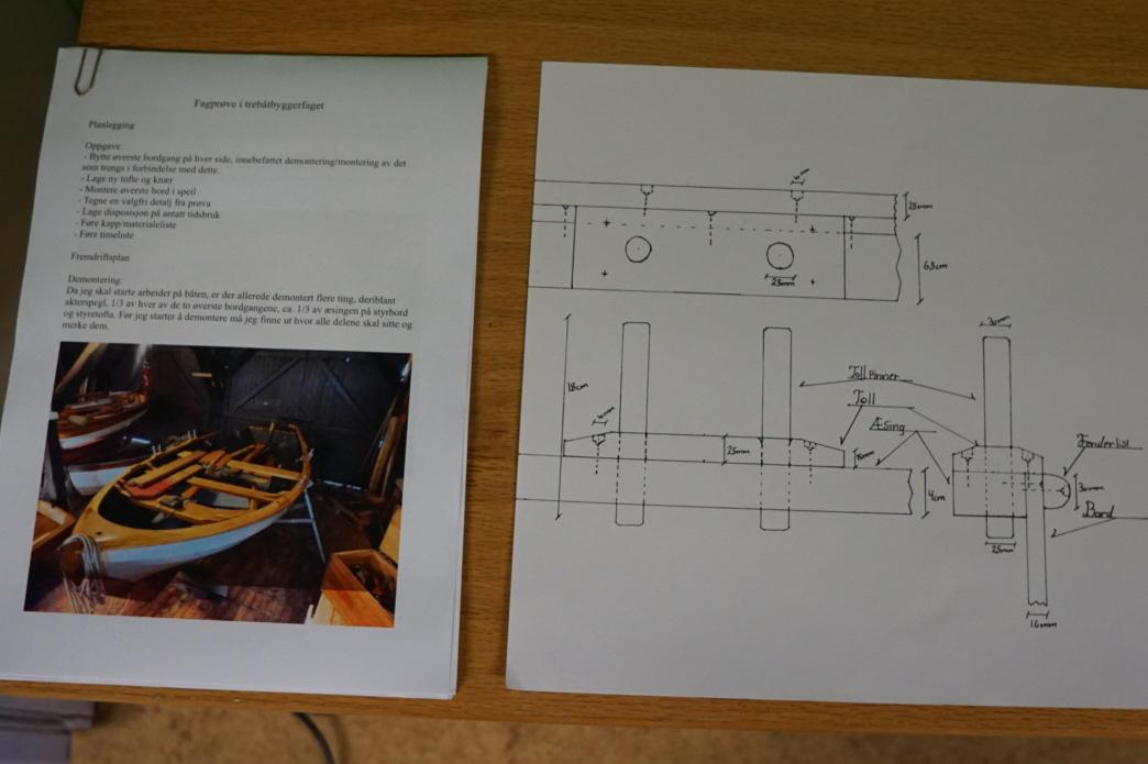 Gudmundurs dokumentasjon på 28 sider ga en god gjennomgang av planleggingen med fremdriftsplan og tidsforbruk, beskrivelse av gjennomføring, historisk del om båten, verktøybruk, HMS plan og egenvurdering av hele arbeidet under fagprøven