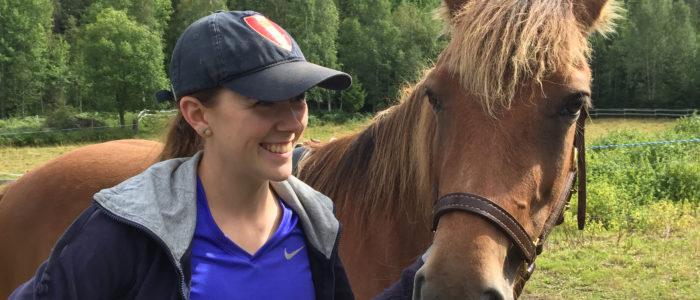 Katrine Lofgren Sagstuen endelig ferdig med tømmekjøringsgjorden etter 8 dagers intens jobbing med den som svenneprøve